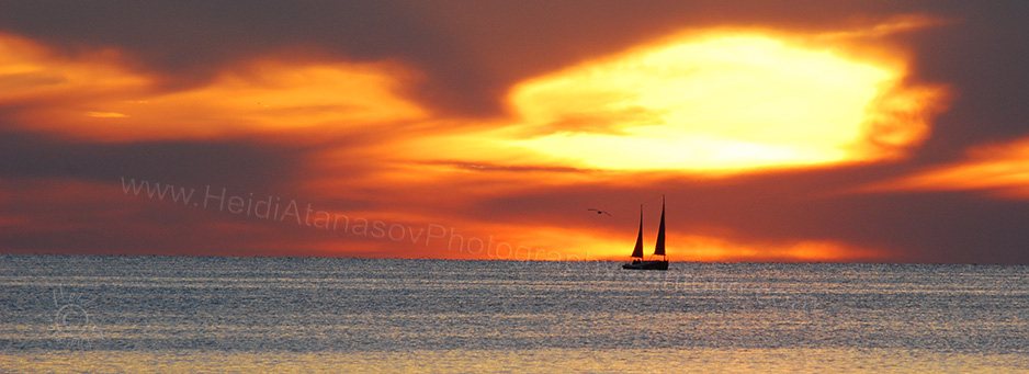 DSC_3501-sailboat-sunset